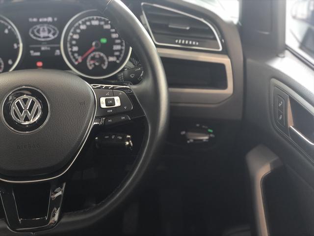 TDI コンフォートライン リアエンターテイメント 9.2インチナビゲーション LEDヘドライト バックカメラ アダプティブクルーズコントロール USBポート 衝突軽減ブレーキ オートエアコン アイドリングストップ ワンオーナー(8枚目)