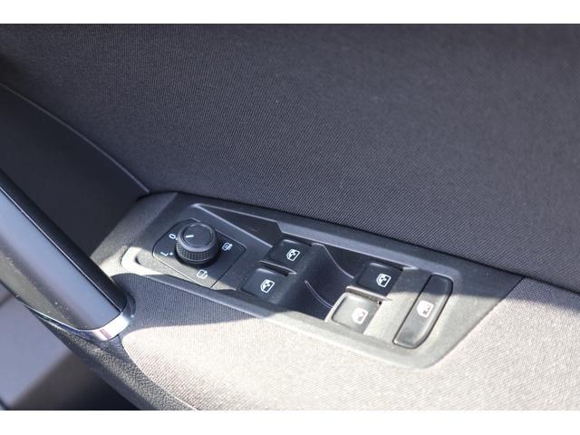 TDI コンフォートライン リアエンターテイメント 9.2インチナビゲーション LEDヘドライト バックカメラ アダプティブクルーズコントロール USBポート 衝突軽減ブレーキ オートエアコン アイドリングストップ ワンオーナー(55枚目)