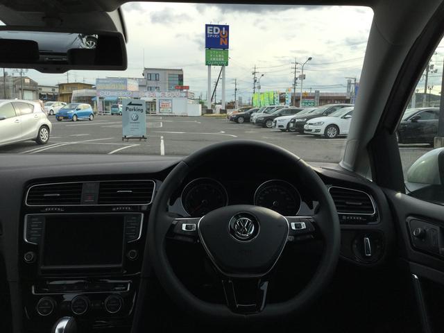 フォルクスワーゲン VW ゴルフ TSIハイラインBMT 登録済未使用車 新車保証継承