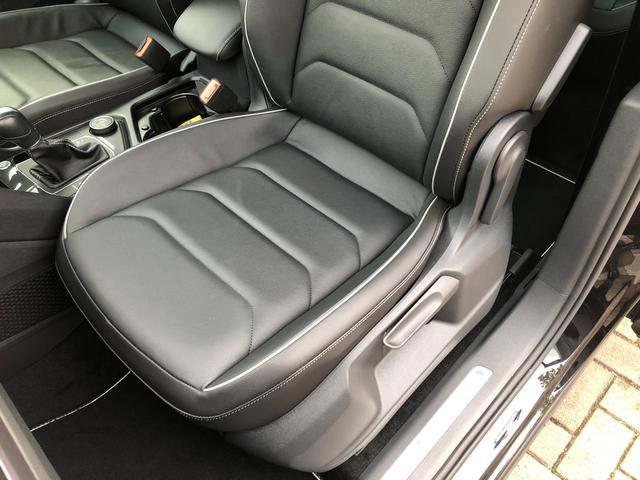 「フォルクスワーゲン」「VW ティグアン」「SUV・クロカン」「岡山県」の中古車64
