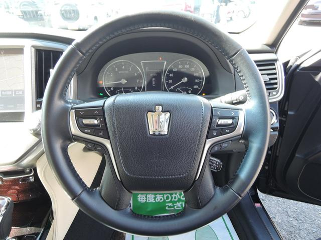 ロイヤルサルーンG オートライト 衝突軽減ブレーキ クルーズコントロール LEDライト フォグライト フルセグTV DVD再生 Bluetooth ETC バックカメラ プッシュスタート Pシート エアシート 本革シート(16枚目)