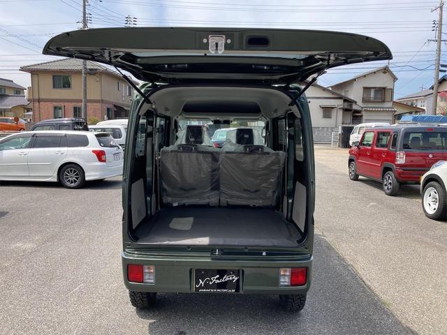 JOIN ハイルーフ 届出済未使用車 禁煙車 30mmUPサス仕様 社外15インチアルミホイール TOYOオープンカントリータイヤ 両側スライドドア クールカーキパールメタリック 4AT(24枚目)