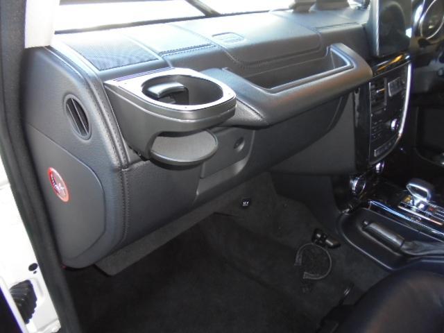 G350d 純正HDDナビ バックカメラ AMG20インチアルミ オプションサイドカメラ ブラバスサイド出しマフラー 社外ヘッドライト ブラバスデイライト マットブラック塗装 改造多(27枚目)