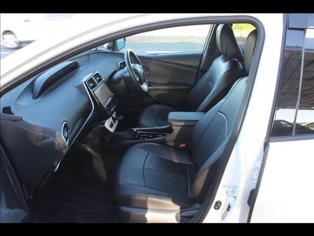 トヨタ プリウス S ツーリング セーフティセンス 9インチナビ 全国対応保証