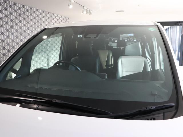 ハイブリッドGi 純正10型SDナビ フルセグTV バックモニター 純正12.1型後席モニター 両側パワースライドドア ブラックレザーシート LEDヘッドライト ウッドコンビハンドル 7人乗り ETC 純正アルミ(25枚目)