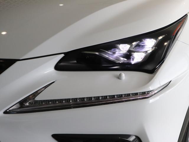 三眼LEDヘッドライト・消費電力が少ないうえにLEDならではの長寿命で、対象物が見えやすい白く明るい光で前方を照らしてくれます!夜間走行の安心感を高めてくれます☆