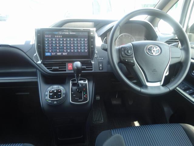 トヨタ ノア Si 純正10型ナビ 後席モニタ 両側電動ドア LED 7人
