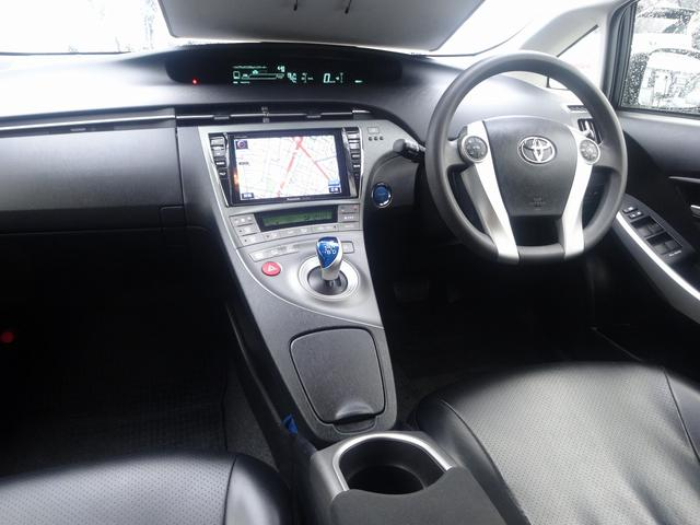 トヨタ プリウス Sツーリング 8型ナビ Bカメラ LEDライト 車高調