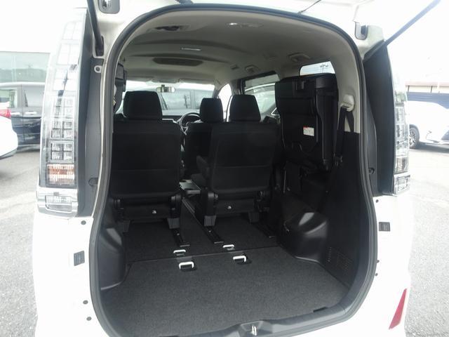 トヨタ ヴォクシー ZS  純正9型ナビ 後席M 両側自動ドア