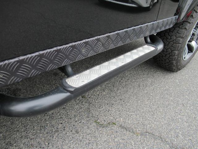「ランドローバー」「ランドローバー ディフェンダー」「SUV・クロカン」「岡山県」の中古車36