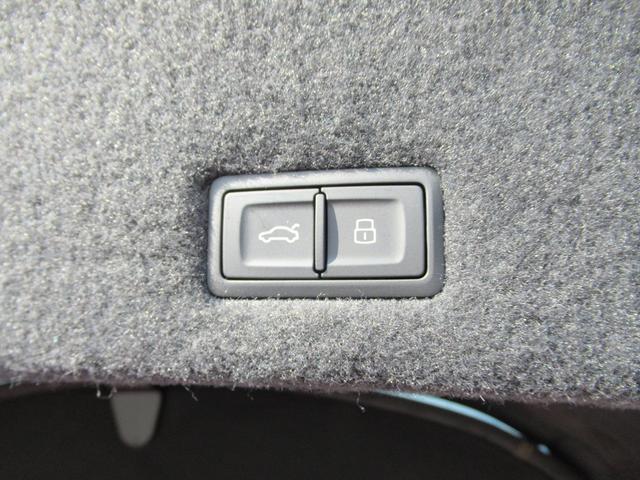 「ランボルギーニ」「ウルス」「SUV・クロカン」「岡山県」の中古車36