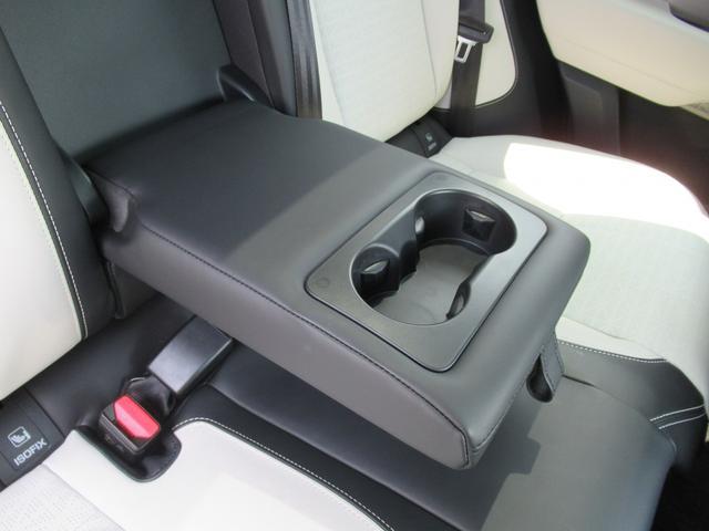 「ランドローバー」「レンジローバーヴェラール」「SUV・クロカン」「岡山県」の中古車30