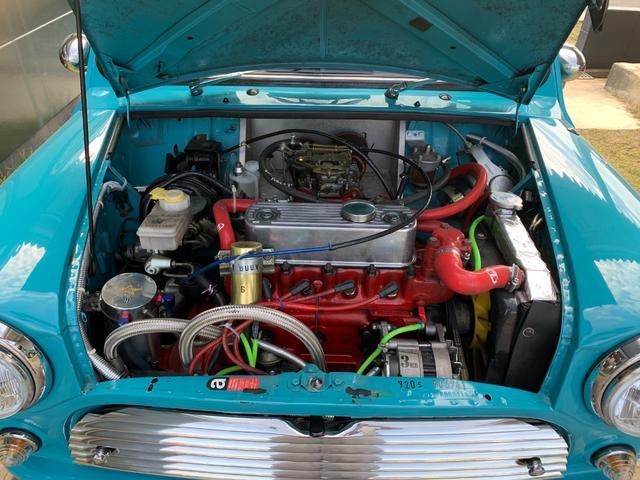 クーパー1.3 キャブクーパー エンジンチューニング ロールバー スムージング 4速マニュアル車 バンパーレススムージング 3点式ロールケージ ウェーバーキャブ ハイカム(12枚目)