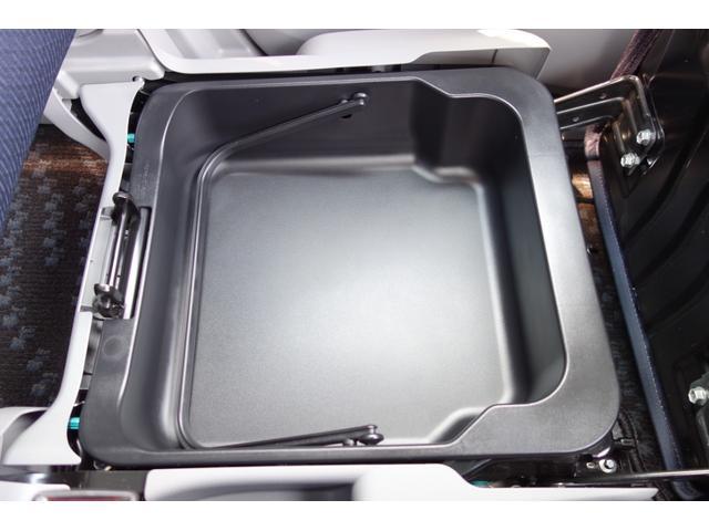 FX 純正CDオーディオ キーレス プライバシーガラス インパネシフト 収納スペース ステアリング 衝突安全ボディ 盗難防止システム 電動格納ミラー 修復歴無し 両席エアバッグ(10枚目)