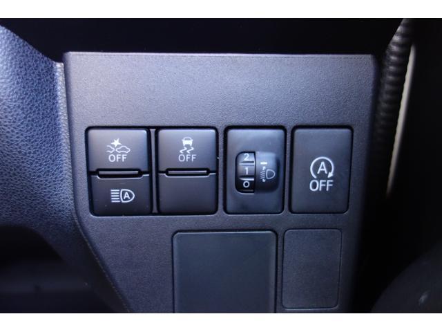 DX 衝突被害軽減システム LEDヘッドライト キーレス Fパワーウインドウ プライバシーガラス オートライト オートマチックハイビーム オーバーヘッドシェルフ(10枚目)