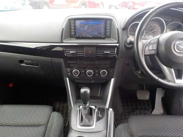 2.2 XD ディーゼルターボ 4WD ワンオーナー AWD(11枚目)
