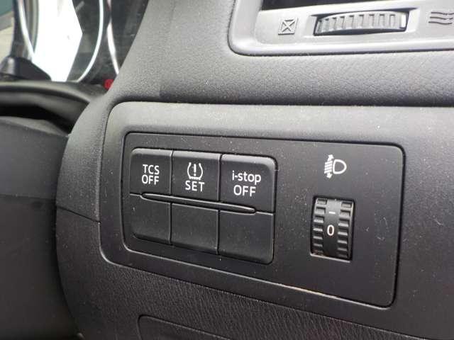 2.2 XD ディーゼルターボ 4WD ワンオーナー AWD(12枚目)