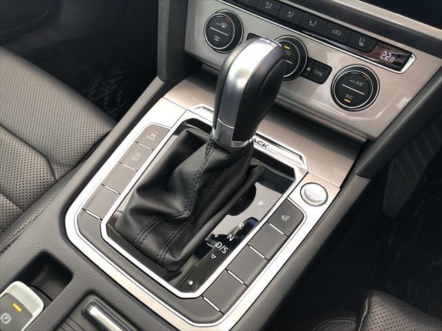 「フォルクスワーゲン」「VW パサートオールトラック」「SUV・クロカン」「鳥取県」の中古車11