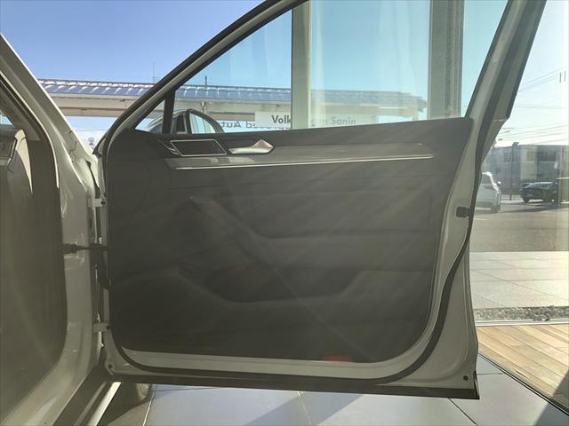 「フォルクスワーゲン」「VW パサートオールトラック」「SUV・クロカン」「鳥取県」の中古車12