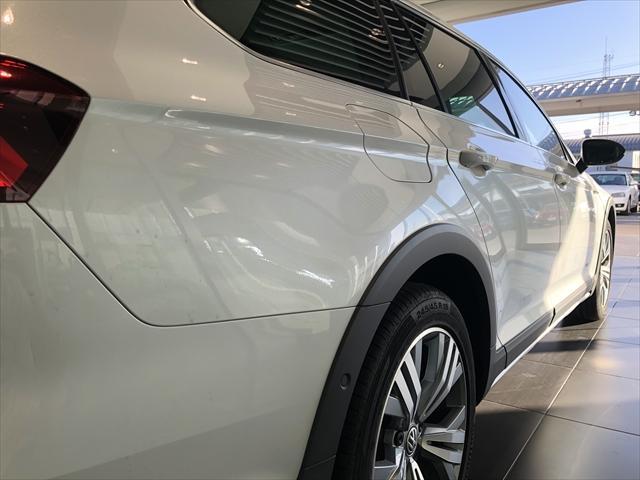 「フォルクスワーゲン」「VW パサートオールトラック」「SUV・クロカン」「鳥取県」の中古車33