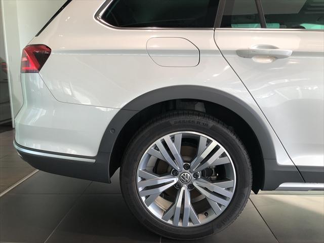 「フォルクスワーゲン」「VW パサートオールトラック」「SUV・クロカン」「鳥取県」の中古車38