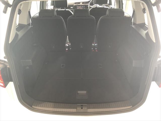 ワンオーナー 禁煙車 9.2インチ液晶パネル 3列シート(15枚目)