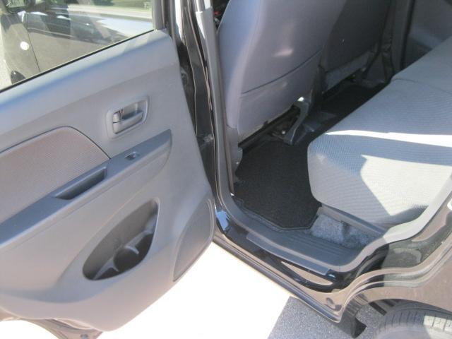 FX carrozzeria AVIC-RZ22 メモリーナビ・ワンセグ・シートヒーター・オートエアコン・ETC・アイドリングストップ・プライバシーガラス・電格ミラー・キーレス・ABS・Wエアバック(9枚目)