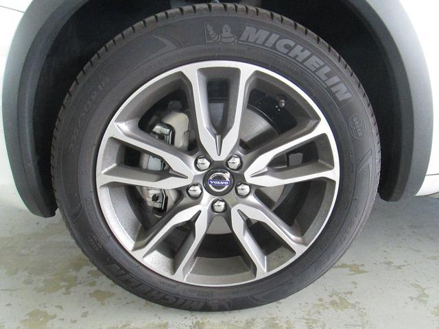 ボルボ ボルボ V60 クロスカントリー T5 AWD SE レザーパッケージ