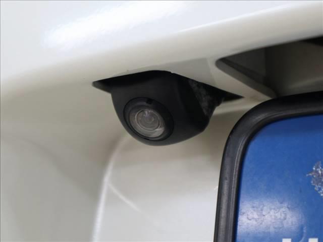 HDDナビエディション ホンダインターナビ バックカメラ HIDオートライト キーレス ETC 7人乗り(11枚目)