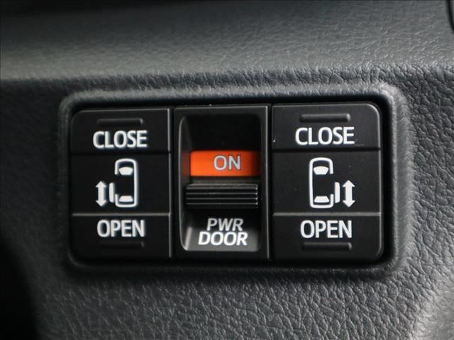 G クエロ トヨタセーフティセンス スマートキー プッシュスタート 純正ナビ フルセグ バックカメラ 両側パワースライドドア LEDオートハイビーム ハーフレザーシート アイドリングストップ(11枚目)