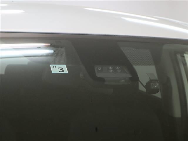 G 7人乗り トヨタセーフティセンス スマートキー プッシュスタート 両側パワースライドドア 8インチナビ フルセグ バックカメラ(9枚目)