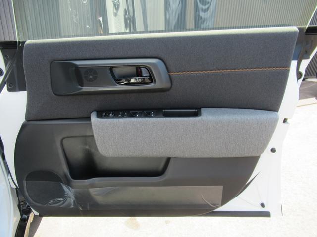 アドバンス ワイドスクリーンホンダコネクト サイドミラーカメラ シート&ステアリングヒーター スカイルーフ 純正17インチ  登録済み未使用車(15枚目)