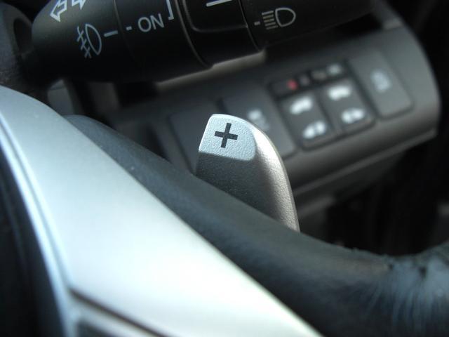 パドルシフト付きで気分はレーサーです!!しっかり安全運転で使用しましょう。。