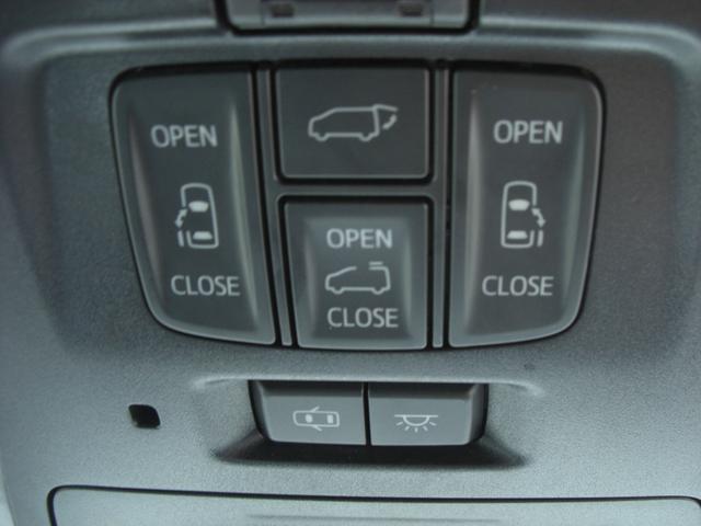 運転席からも楽々操作できます♪ くれぐれも荷物を落とさないように注意してくださいね。。