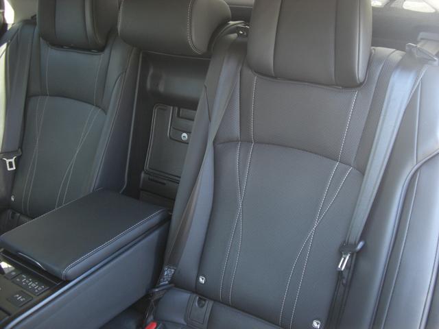 ES300h バージョンL サンルーフ デジタルインナーミラー パノラマビュー Pシート パワートランク HUD BSM LTA シートヒーター リヤシートヒーター ステアリングヒーター ETC 置くだけ充電 走行中TV(17枚目)