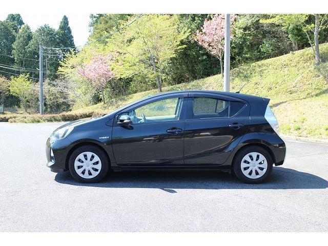 「トヨタ」「アクア」「コンパクトカー」「岡山県」の中古車8