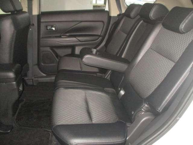G ナビPKG 4WD 距離無制限保証1年付 メモリーナビ付(10枚目)