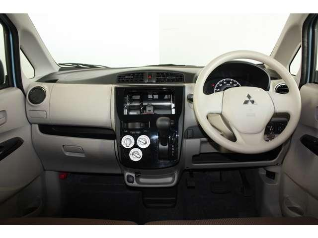 E 距離無制限保証3年付 オーディオレス車 シートヒーター付(2枚目)