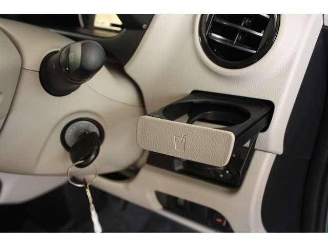 E 距離無制限保証3年付 オーディオレス車 シートヒーター付(8枚目)