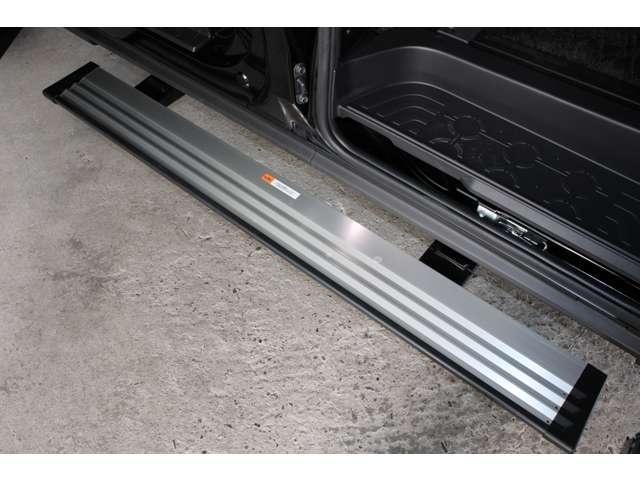 P 距離無制限保証3年付 メモリーナビ付 アラウンドM バックカメラ スマートキー パワーシート メモリーナビ付 クルコン 4WD フルセグTV アイドリングストップ シートH 寒冷地仕様 LEDヘッド(4枚目)