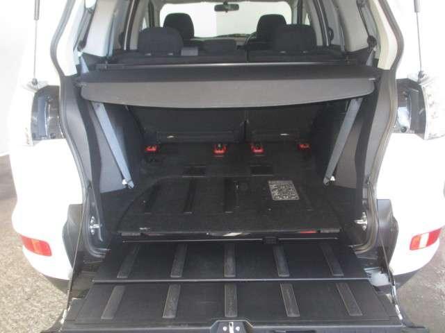 三菱 アウトランダー 24G 4WD 距離無制限保証1年付 メモリーナビ付