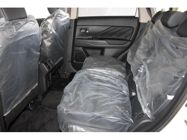 G 距離無制限保証3年付 レンタカー登録済未使用車 ETC付(3枚目)