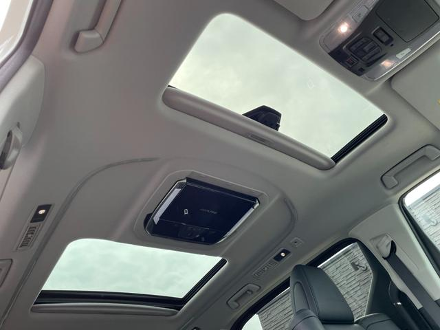 2.5S Cパッケージ 禁煙車 ツインSR パワーバックドア アルパイン11型SDナビ 12.8型リアフリップダウンM 3眼LEDヘッドライト・フォグ デジタルインナーミラー 両側パワースライドドア バックカメラ シーケンシャルターンランプ Goo鑑定車(9枚目)