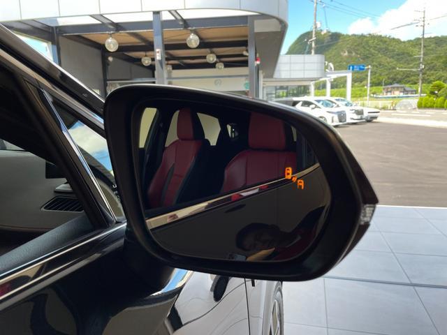 NX300 Fスポーツ ワンオーナー車 4WD サンルーフ 赤革エアーシート 3眼LEDヘッドライト 純正SDナビ 360度カメラ ステアリングヒーター カラーヘッドアップディスプレイ パワーバックドア シーケンシャルターンランプ ETC2.0 Goo鑑定車(8枚目)