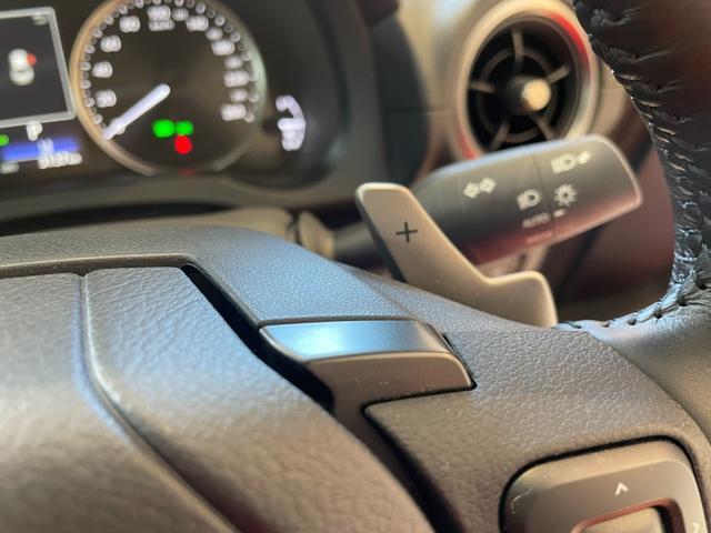 IS300h バージョンL 赤革エアーシート 3眼LEDHL レクサスセーフティ 純正SDワイドナビ 360度カメラ 純正19AW フロント・リアドラレコ ステアリングヒーター ブレーキホールド ETC2.0 メモリー付パワーシート Rサンシェイド Goo鑑定車(33枚目)