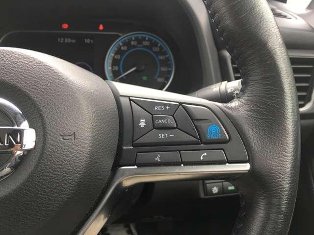 """◆プロパイロット◆単調な""""渋滞走行""""と長時間の""""巡航走行""""など、高速道路で負担を感じるシーンで、アクセル、ブレーキ、ステアリング操作をクルマがサポート!"""