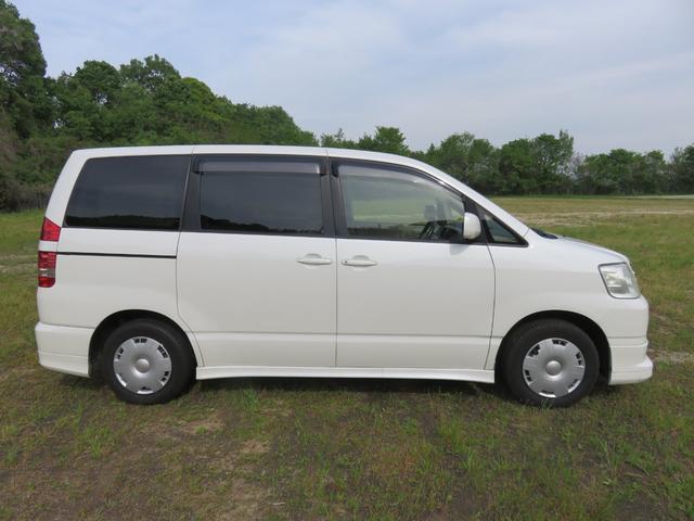 トヨタ ノア X Vセレクション 4ナンバー貨物登録
