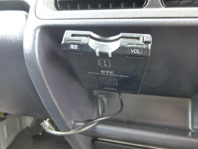 スバル サンバートラック TC 4WD エアコン パワステ Pウィンドウ キーレス