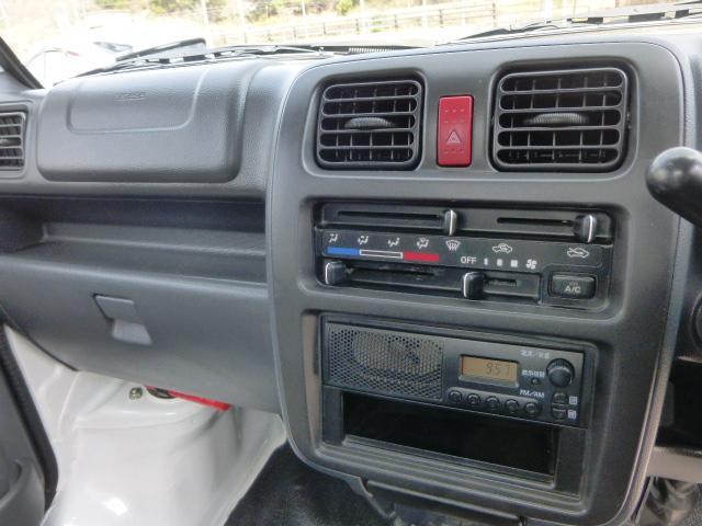 KCスペシャル 4WD 5MT エアコン パワステ 4L付(11枚目)