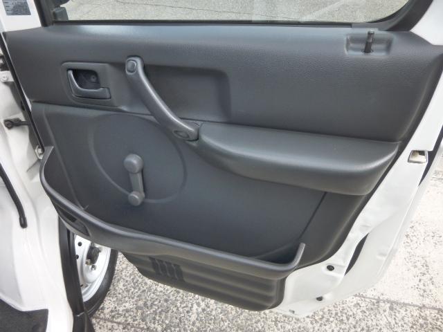 KCスペシャル 4WD 5MT エアコン パワステ 4L付(18枚目)